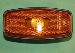 Фонарь габаритный боковой желтый светодиод (овал.раз) Евро-3